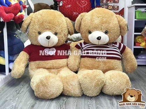 Teddy áo len VB 1m, giá 360.000đ.