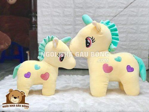 Ngựa Sừng